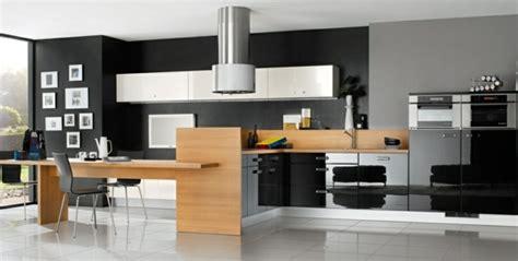 cuisine inox et bois la cuisine bois et noir c 39 est le chic sobre raffiné