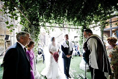 Get Married In Italy With A Jewish Wedding