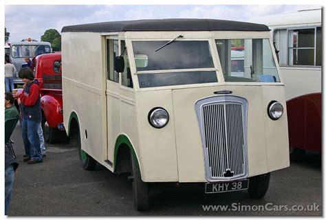 Morris-commercial Pv Type Van 1947 Front1