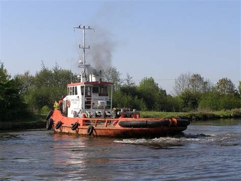 Barge And Tug Boats For Sale by For Sale Boat Barge Small Ships Towing By Mca Pla