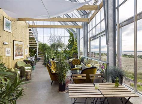chambres d hotes spa en suède cette maison à panneaux solaires produit plus d
