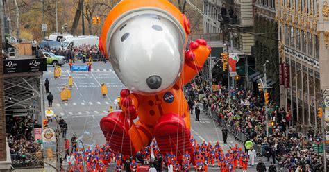 thanksgiving parade  balloons flew  recap