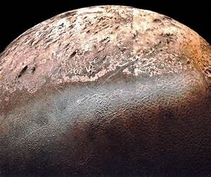 Reasons Why Triton, Neptune's Moon, is One of the Coolest ...