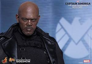 "Hot Toys ""Captain America: The Winter Soldier"" Nick Fury"