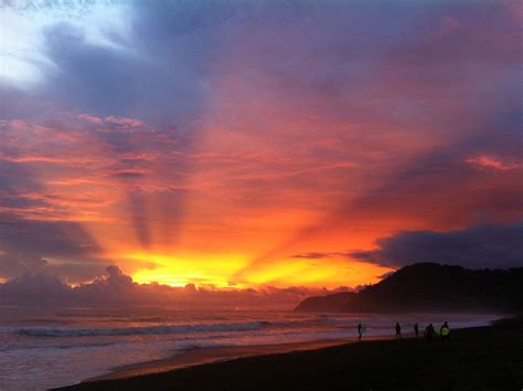 happiness find your costa rica