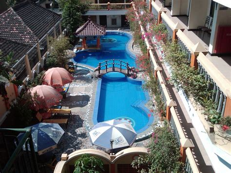 TAKJUB INDONESIA: HOTEL MEGA BINTANG, CEPU