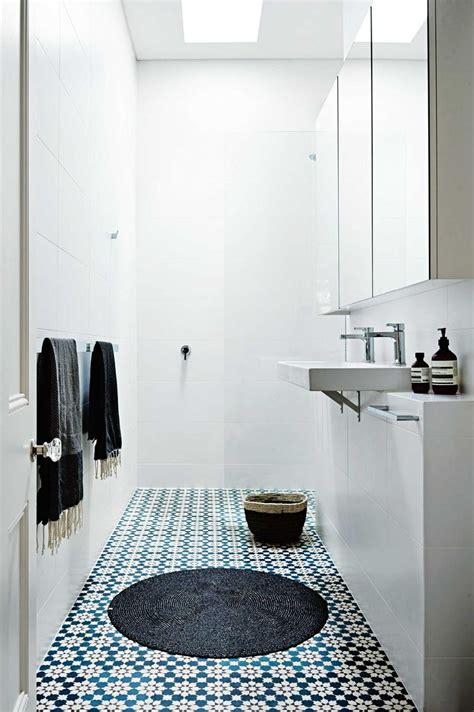 small bathroom tile designs best 25 simple bathroom ideas on simple