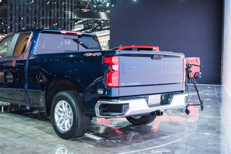 2019 Silverado 1500 To Offer Four Different Tailgates Gm