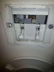 Fuite D Eau Wc : chasse d eau de wc suspendus ~ Premium-room.com Idées de Décoration