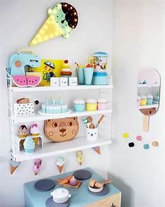 Etagere Chambre Enfant : tag re chambre d 39 enfant string ~ Teatrodelosmanantiales.com Idées de Décoration