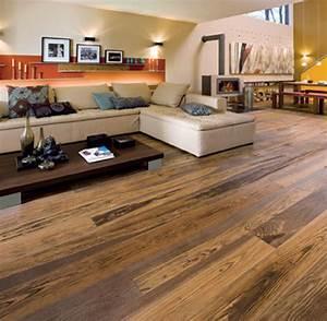 Welche Farbe Passt Zu Eiche : wohnen mit holz parkett ist der neue teppichboden welt ~ Bigdaddyawards.com Haus und Dekorationen