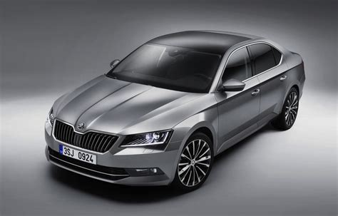 2015 Skoda Superb Officially Unveiled