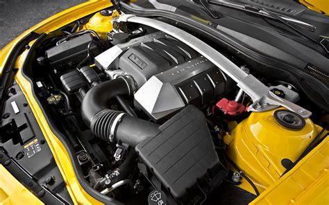 Chevrolet Camaro Engine by Diecast 1 18 Chevrolet Camaro 2010 Par Maisto