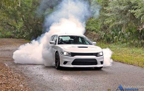 Dodge Charger Hellcat Burnouts by 2015 Dodge Charger Srt Hellcat Review Test Drive