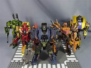 Transformers Generations Fall of Cybertron Combaticon ...