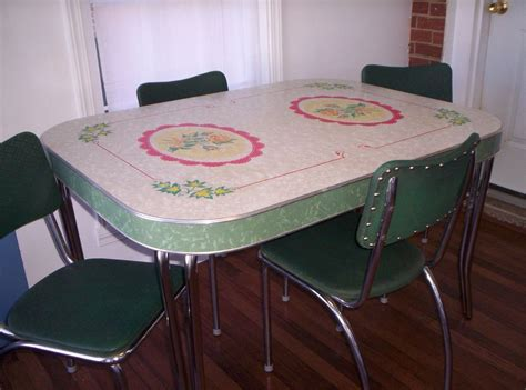 formica table and chairs awesome vintage formica kitchen table and chairs kitchen 3511