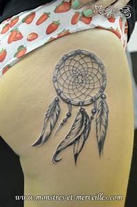 Tatouage Capteur De Rêve : tatouage femme cuisse attrape reve ~ Melissatoandfro.com Idées de Décoration