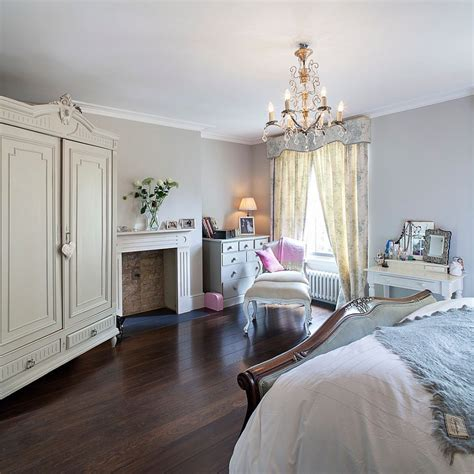 Modern Chic Classic Victorians Historic Details by 25 Bedrooms Ranging From Classic To Modern