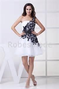 robes de mariã e courtes robe de soirée courte seule bretelle en satin et organza robesmode