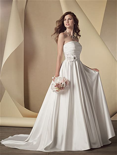 choose   wedding dress   body type