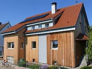 Haus Mit Holzfassade : einfamilienhaus mit holzfassade ~ Markanthonyermac.com Haus und Dekorationen