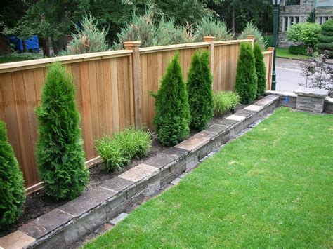 Backyard Fence Options by Backyard Fencing Privacy Fence Fence Sod Irrigation