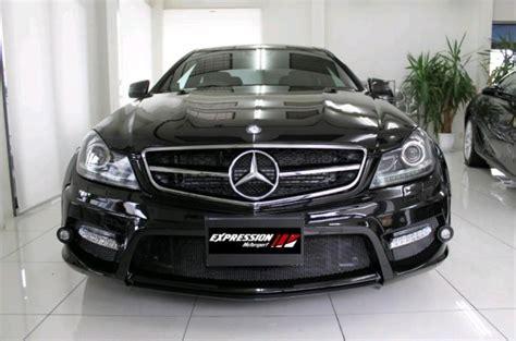 La clase c coupé presenta un aspecto más musculoso que nunca. 2013 Mercedes Benz C-Class Coupe wide body kit by Expression Motorsport | CarDuzz
