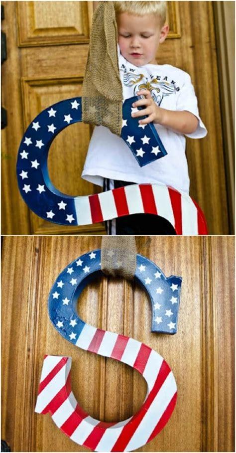 diy rustic wood fourth  july decor ideas  show  patriotic pride diy crafts