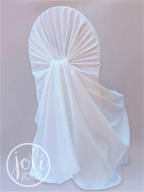 location housse de chaise mariage location housses de chaise blanches avec effet drapé joli jour