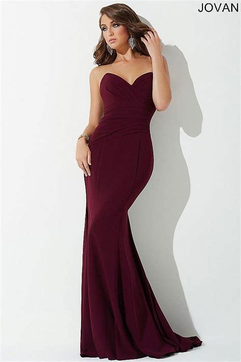 plum strapless prom dress    prom