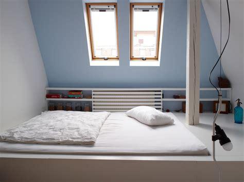 Schlafzimmer Unter Dachschräge by Schlafzimmer Unter Dachschr 228 Ge Gestalten Schlafzimmer