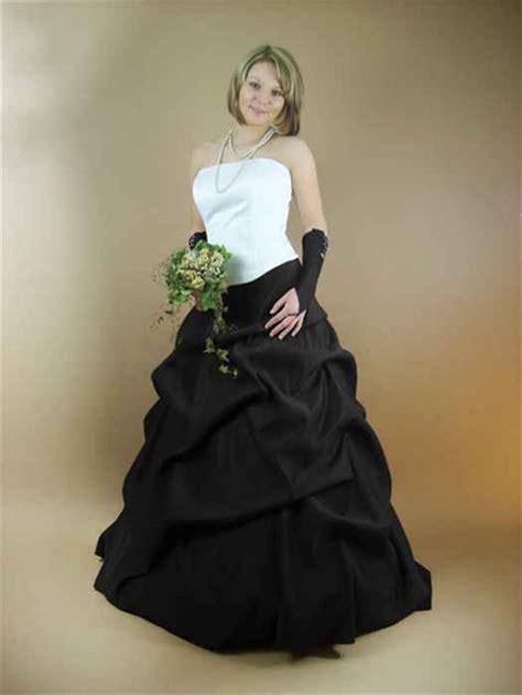 brautkleid schwarz rot schwarze brautkleider kleiderfreuden