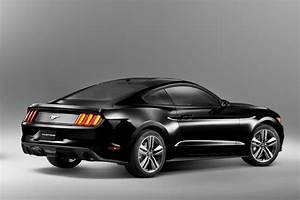 2015 Ford Mustang Rendered in Black - autoevolution