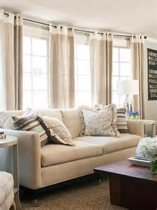 Curtain Living Room with Neutral Colors