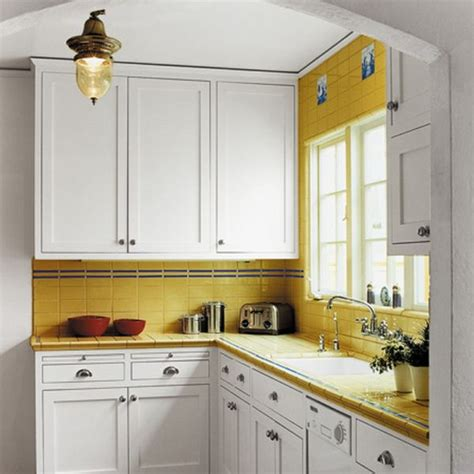 20 kitchen cabinets designed for small spaces