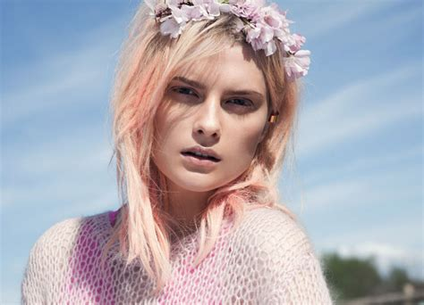 Washed Out Pink  Hair Colors Ideas
