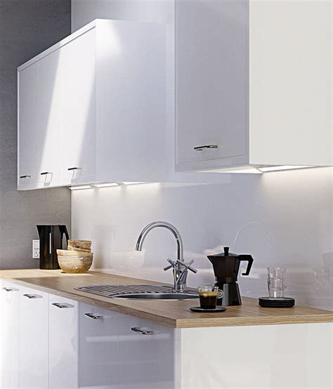 Strata Gloss White   High Gloss   Kitchens   Magnet Trade