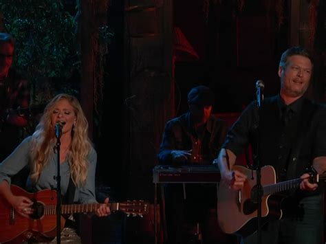 blake shelton dancing watch blake shelton duet there s a tear in my beer