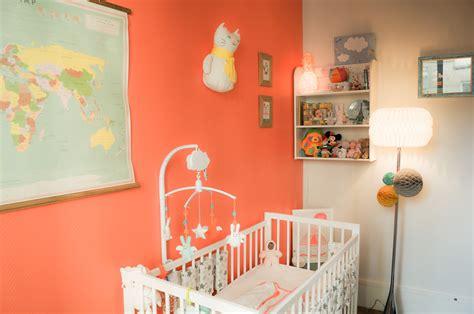 chambre pour 3 filles emejing couleur chambre enfant mixte images design