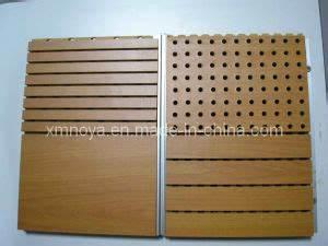 Panneau Bois Decoratif Interieur : l 39 absorption acoustique ignifuge perfor mur int rieur en bois panneau d coratif l 39 absorption ~ Melissatoandfro.com Idées de Décoration
