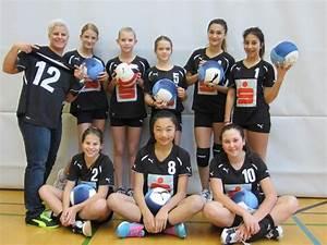 Auto Spiele Für Mädchen : h chster volleyball m dchen sorgen f r berraschung h chst vol at ~ Frokenaadalensverden.com Haus und Dekorationen