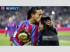 The gallery for > Ronaldinho Soccer Player