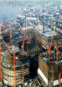 phase one during construction canary wharf