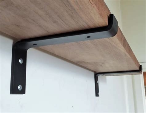 Installing Rustic Shelf Brackets — The Homy Design