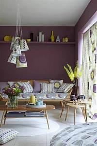 80 idees d39interieur pour associer la couleur prune With tapis moderne avec petit canapé ancien