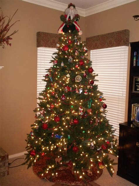 christmas tree with white and colored lights