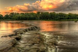 River Rapids Sunset Royalty Free Stock Photo - Image: 32971465