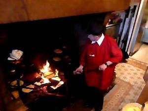 Omelette Mere Poulard : l 39 omelette de la m re poulard youtube ~ Melissatoandfro.com Idées de Décoration