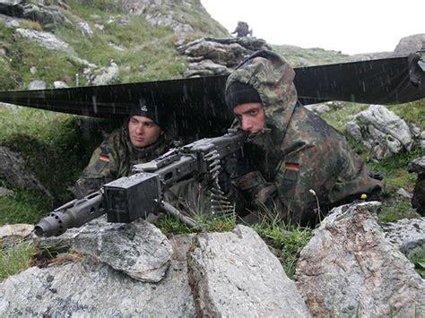 Armée Allemande (Bundeswehr) - Page 21