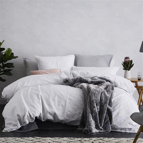 Home Republic  Villa White  Bedroom Quilt Covers